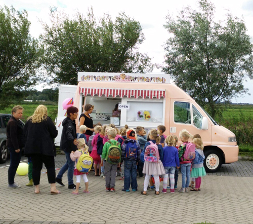 De Roze Bus 4