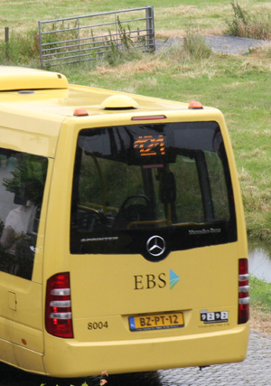 Busvervoer en glasvezel in Jisp